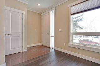Photo 2: 1631 41 Street SW in Calgary: House for sale : MLS®# C3648896