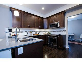 Photo 5: # 113 828 ROYAL AV in New Westminster: Downtown NW Condo for sale : MLS®# V1106214