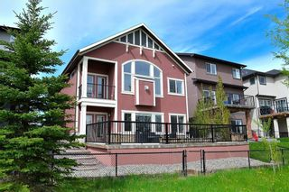 Photo 5: 133 SAGE MEADOWS Circle NW in Calgary: Sage Hill Detached for sale : MLS®# A1041024