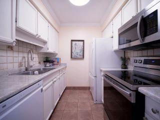 """Photo 14: 1351 W 8TH Avenue in Vancouver: Fairview VW Townhouse for sale in """"FAIRVIEW VILLAGE"""" (Vancouver West)  : MLS®# R2578868"""