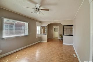 Photo 3: 457 12th Street East in Prince Albert: Midtown Residential for sale : MLS®# SK865490