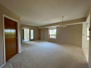 Photo 3: 404 1840 Henderson Highway in Winnipeg: North Kildonan Condominium for sale (3G)  : MLS®# 202113212
