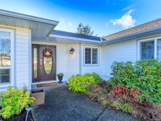 Photo 2: 879 Temple St in PARKSVILLE: PQ Parksville House for sale (Parksville/Qualicum)  : MLS®# 804990