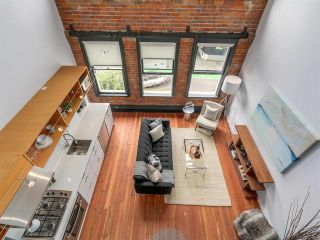 Photo 5: 302 528 BEATTY STREET in : Downtown VW Condo for sale (Vancouver West)  : MLS®# R2099152