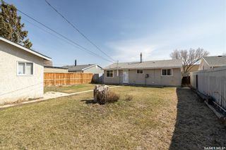 Photo 18: 437 W Avenue North in Saskatoon: Mount Royal SA Residential for sale : MLS®# SK851268