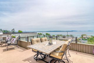 """Photo 1: 14616 WEST BEACH Avenue: White Rock House for sale in """"WHITE ROCK"""" (South Surrey White Rock)  : MLS®# R2408547"""