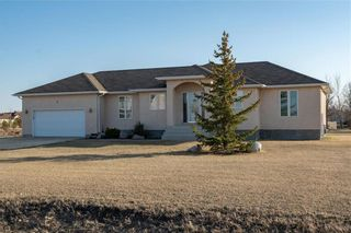 Photo 2: 4 Highland Drive in St Andrews: R13 Residential for sale : MLS®# 202109241