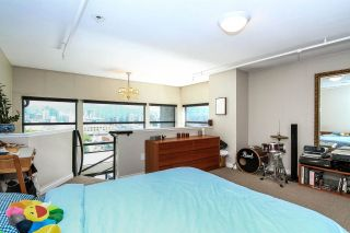 """Photo 8: 710 428 W 8TH Avenue in Vancouver: Mount Pleasant VW Condo for sale in """"XL LOFTS"""" (Vancouver West)  : MLS®# R2088078"""