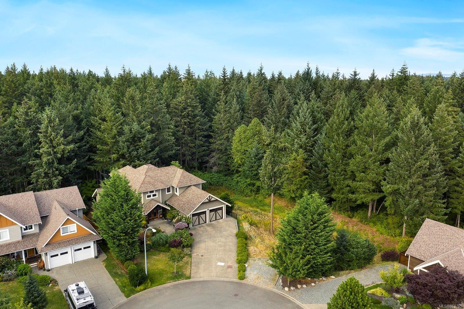 Photo 2: Photos: 1516 Highridge Dr in : CV Comox (Town of) House for sale (Comox Valley)  : MLS®# 857765