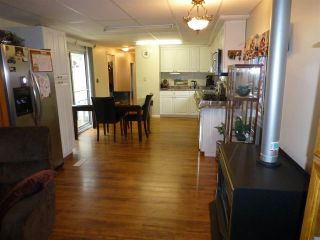 """Photo 7: 13 24330 FRASER Highway in Langley: Otter District Manufactured Home for sale in """"Langley GroveEstates"""" : MLS®# R2224640"""