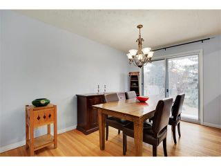 Photo 6: 4032 GROVE HILL Road SW in Calgary: Glendale House for sale : MLS®# C4088063