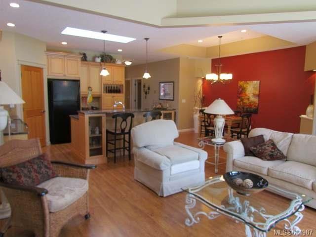 Photo 3: Photos: 5285 Nelsonwoods Pl in NANAIMO: Na North Nanaimo Row/Townhouse for sale (Nanaimo)  : MLS®# 661987