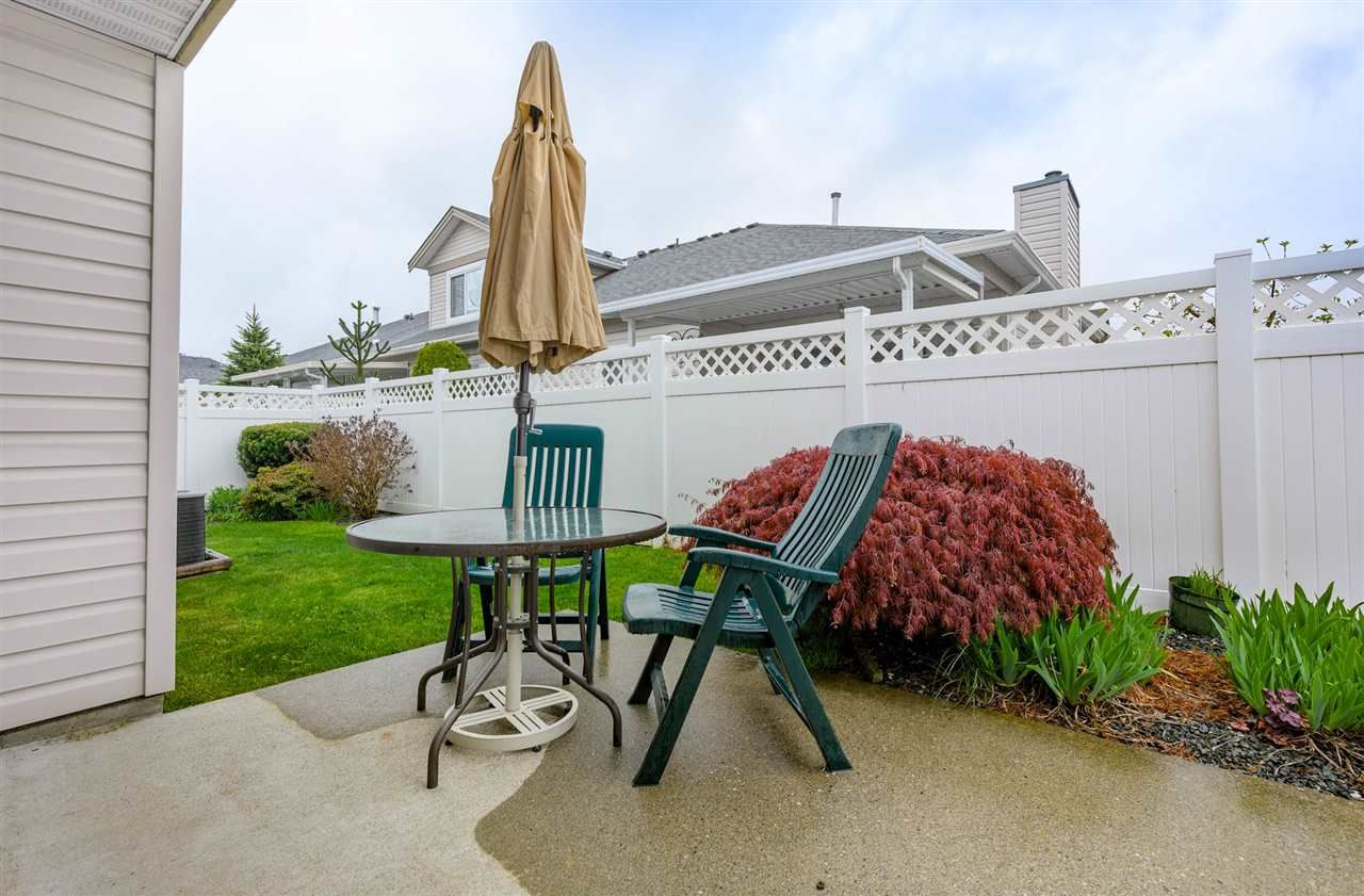 """Photo 17: Photos: 174 8485 YOUNG Road in Chilliwack: Chilliwack W Young-Well Townhouse for sale in """"Hazelwood Grove"""" : MLS®# R2452221"""