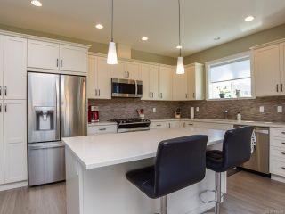 Photo 2: 4043 CHANCELLOR Crescent in COURTENAY: CV Courtenay City House for sale (Comox Valley)  : MLS®# 815359