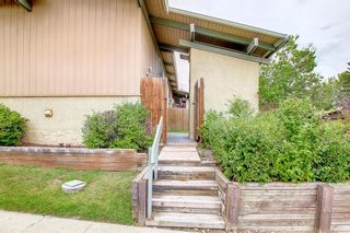 Photo 4: 1602 11010 Bonaventure Drive SE in Calgary: Willow Park Row/Townhouse for sale : MLS®# A1146571