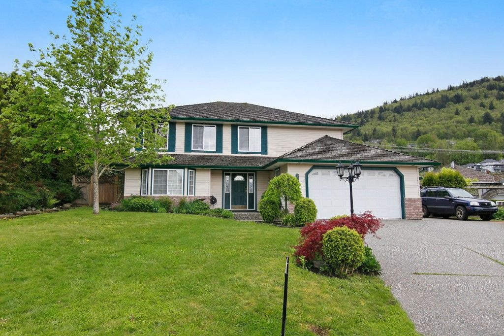Main Photo: 36311 COUNTRY Place in Abbotsford: Abbotsford East House for sale : MLS®# R2163435