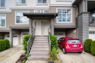 """Photo 2: 6 6233 TYLER Road in Sechelt: Sechelt District Townhouse for sale in """"THE CHELSEA"""" (Sunshine Coast)  : MLS®# R2470875"""