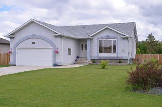 Photo 1: 15 Tyler Bay in Oakbank: Single Family Detached for sale : MLS®# 1414494