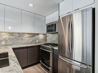 Photo 4: 1301 519 RIVERFRONT Avenue SE in Calgary: Downtown East Village Apartment for sale : MLS®# A1035711
