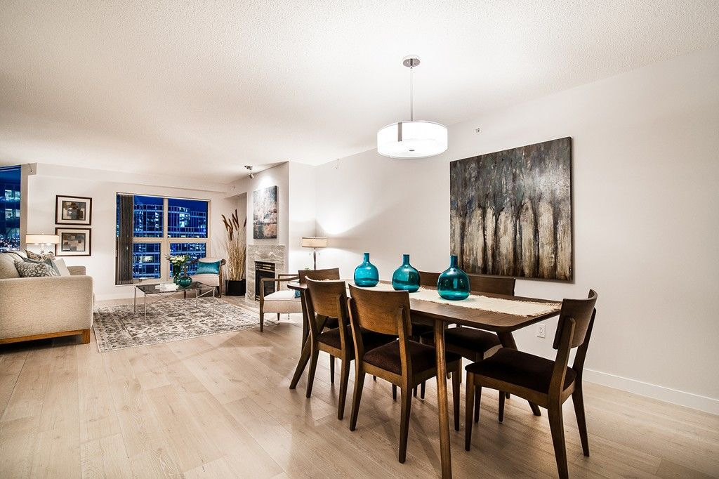 """Photo 5: Photos: 1901 837 W HASTINGS Street in Vancouver: Downtown VW Condo for sale in """"TERMINAL CITY CLUB"""" (Vancouver West)  : MLS®# R2134243"""