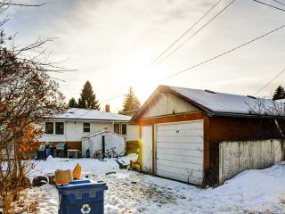 Photo 3: 920 30 Avenue NW in Calgary: Cambrian Heights House for sale : MLS®# C3650159