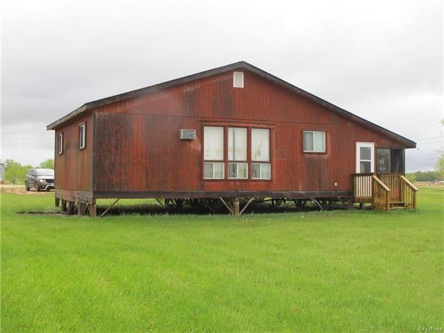 Photo 4: Photos:  in St Laurent: Sandpiper Estates Residential for sale (R19)  : MLS®# 1812992