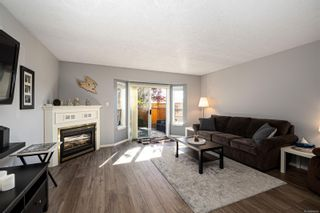 Photo 4: 54 2070 Amelia Ave in : Si Sidney North-East Row/Townhouse for sale (Sidney)  : MLS®# 886006