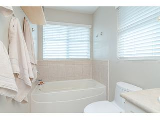 """Photo 16: 18186 66A Avenue in Surrey: Cloverdale BC House for sale in """"The Vineyards"""" (Cloverdale)  : MLS®# R2510236"""