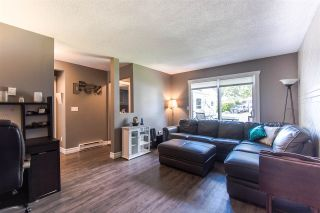 Photo 3: 6059 BROOKS Crescent in Surrey: Cloverdale BC House for sale (Cloverdale)  : MLS®# R2377690
