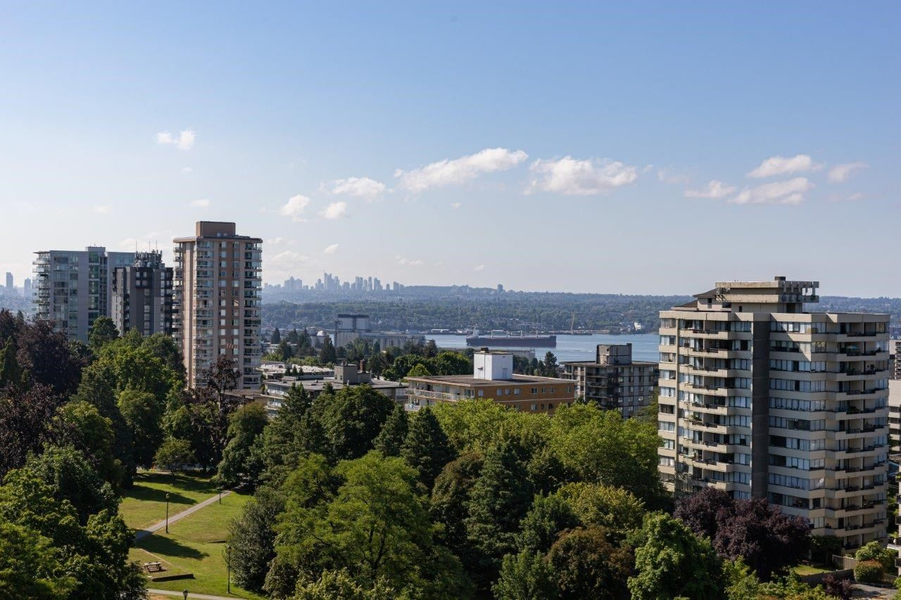 """Main Photo: 1201 701 W VICTORIA Park in North Vancouver: Central Lonsdale Condo for sale in """"Park Avenue Place"""" : MLS®# R2599644"""