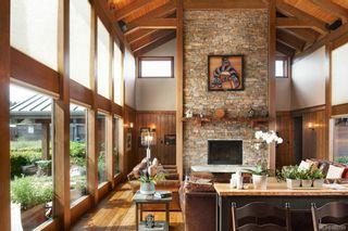 Photo 10: 1563 Mt. Newton Cross Rd in : CS Saanichton House for sale (Central Saanich)  : MLS®# 887789