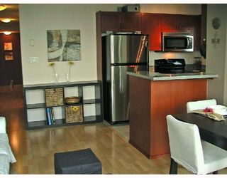 """Photo 9: 1201 2733 CHANDLERY Place in Vancouver: Fraserview VE Condo for sale in """"RIVER DANCE"""" (Vancouver East)  : MLS®# V673302"""