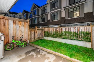 Photo 3: 3 5178 SAVILE Row in Burnaby: Burnaby Lake Townhouse for sale (Burnaby South)  : MLS®# R2624872