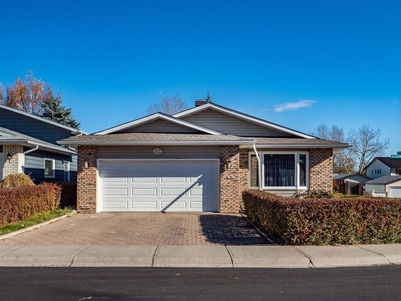 FEATURED LISTING: 112 Woodmont Drive Southwest Calgary