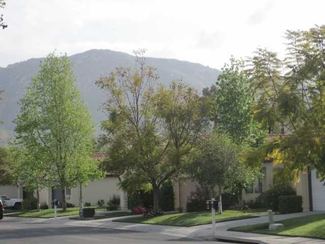 Photo 17: Photos: EAST ESCONDIDO House for sale : 3 bedrooms : 2461 Fallbrook in Escondido