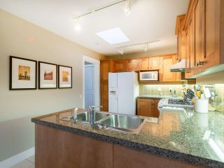 """Photo 8: 304 3088 W 41ST Avenue in Vancouver: Kerrisdale Condo for sale in """"LANESBOROUGH"""" (Vancouver West)  : MLS®# R2323364"""