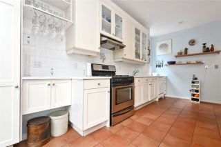Photo 6: 470 Wellesley St, Toronto, Ontario M4X 1H9 in Toronto: Semi-Detached for sale (Cabbagetown-South St. James Town)  : MLS®# C3541128