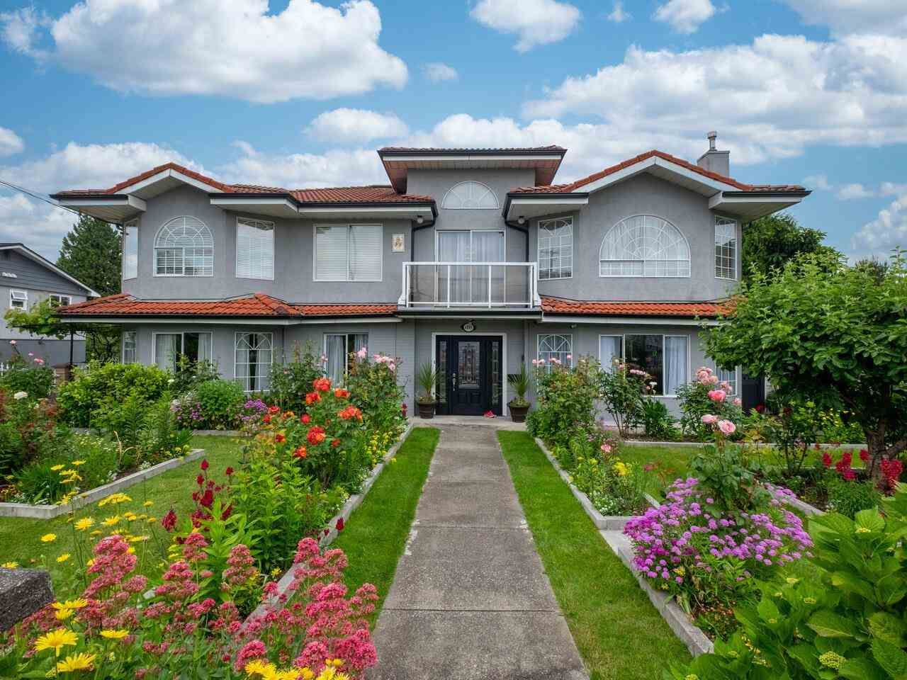Main Photo: 4849 CANADA Way in Burnaby: Central BN House for sale (Burnaby North)  : MLS®# R2593156