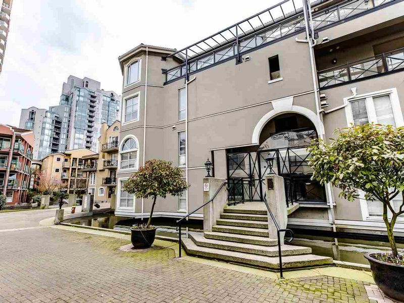 FEATURED LISTING: 207 - 5 RENAISSANCE Square New Westminster