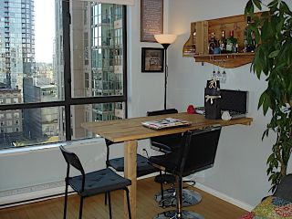 """Photo 6: 1105 1189 HOWE Street in Vancouver: Downtown VW Condo for sale in """"Genisis"""" (Vancouver West)  : MLS®# R2416331"""