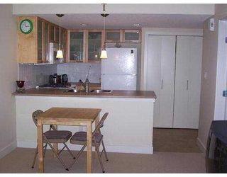 """Photo 3: 42 9339 ALBERTA Road in Richmond: McLennan North Condo for sale in """"TRELLAINE"""" : MLS®# V669327"""