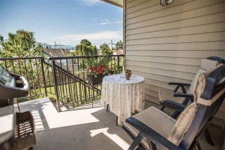 Photo 2: 46188 Second Avenue in Chilliwack: Chilliwack E Young-Yale House for sale : MLS®# R2372308