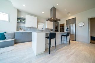 Photo 10: 96 CREEMANS Crescent in Winnipeg: Charleswood Residential for sale (1H)  : MLS®# 202111111