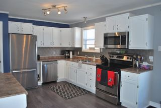 Photo 2: 596 Maxner Drive in Greenwood: 404-Kings County Residential for sale (Annapolis Valley)  : MLS®# 202105504