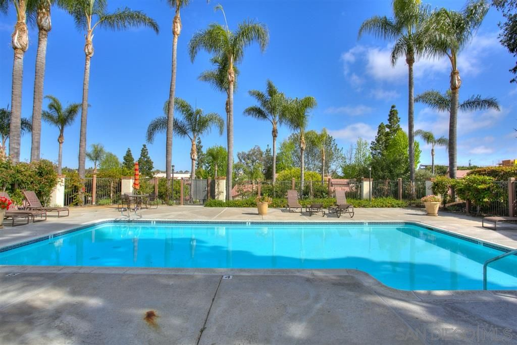 Photo 23: Photos: CARMEL VALLEY Townhouse for rent : 3 bedrooms : 3631 Fallon Circle in San Diego