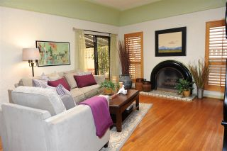 Photo 2: HILLCREST House for sale : 3 bedrooms : 1437 Brookes Ave in San Diego