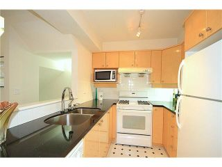 """Photo 4: 23 7088 LYNNWOOD Drive in Richmond: Granville Townhouse for sale in """"LAUREL WOODS"""" : MLS®# V997701"""