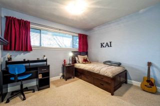 Photo 12: 2870 LYNDENE Road in North Vancouver: Capilano NV House for sale : MLS®# R2034832