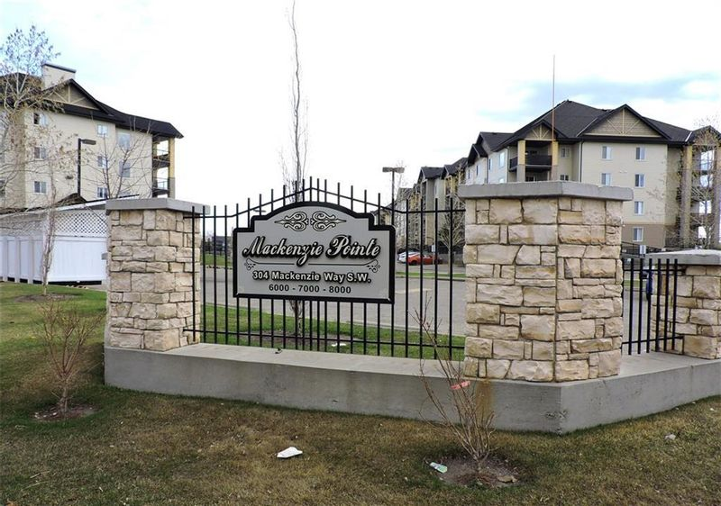 FEATURED LISTING: 8302 - 304 MACKENZIE Way Southwest Airdrie
