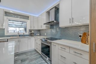 Photo 15: 642 Woodbriar Place SW in Calgary: Woodbine Detached for sale : MLS®# A1078513
